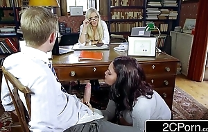Sexy Student Emma Leigh Sucking Wanting Co-Ed in Resolution of Roguish Rebecca Moore
